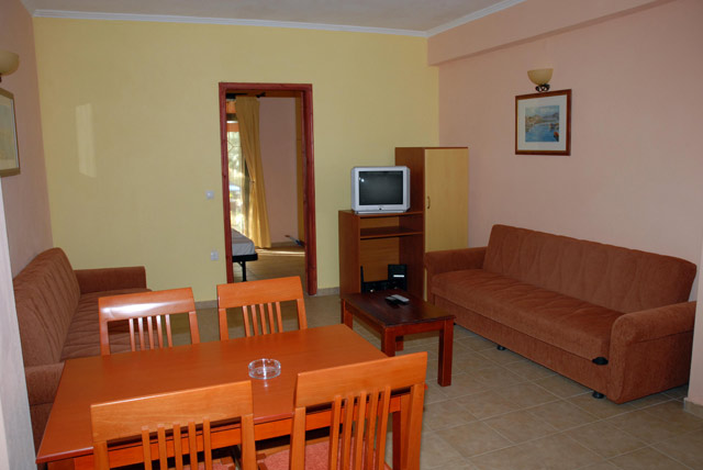 AGIOS IOANNIS LEFKADA Picture of the Apartment CLICK TO ENLARGE