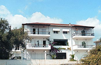 DIGENIS STUDIOS  ACCOMMODATION IN  Ligia LEFKADA IONIAN ISLANDS